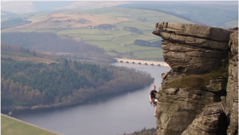 climbing uk peak district