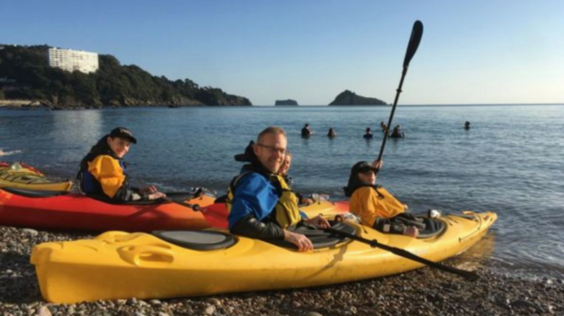 Kayaking-in-torbay