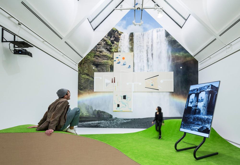 Florian Meisenberg digital art exhibit.