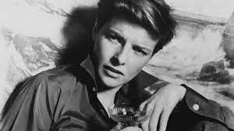 Black and white photo of Katherine Hepburn