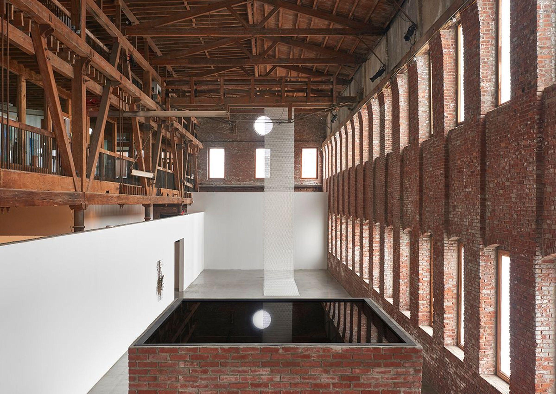 Indoor space in Pioneer Works.