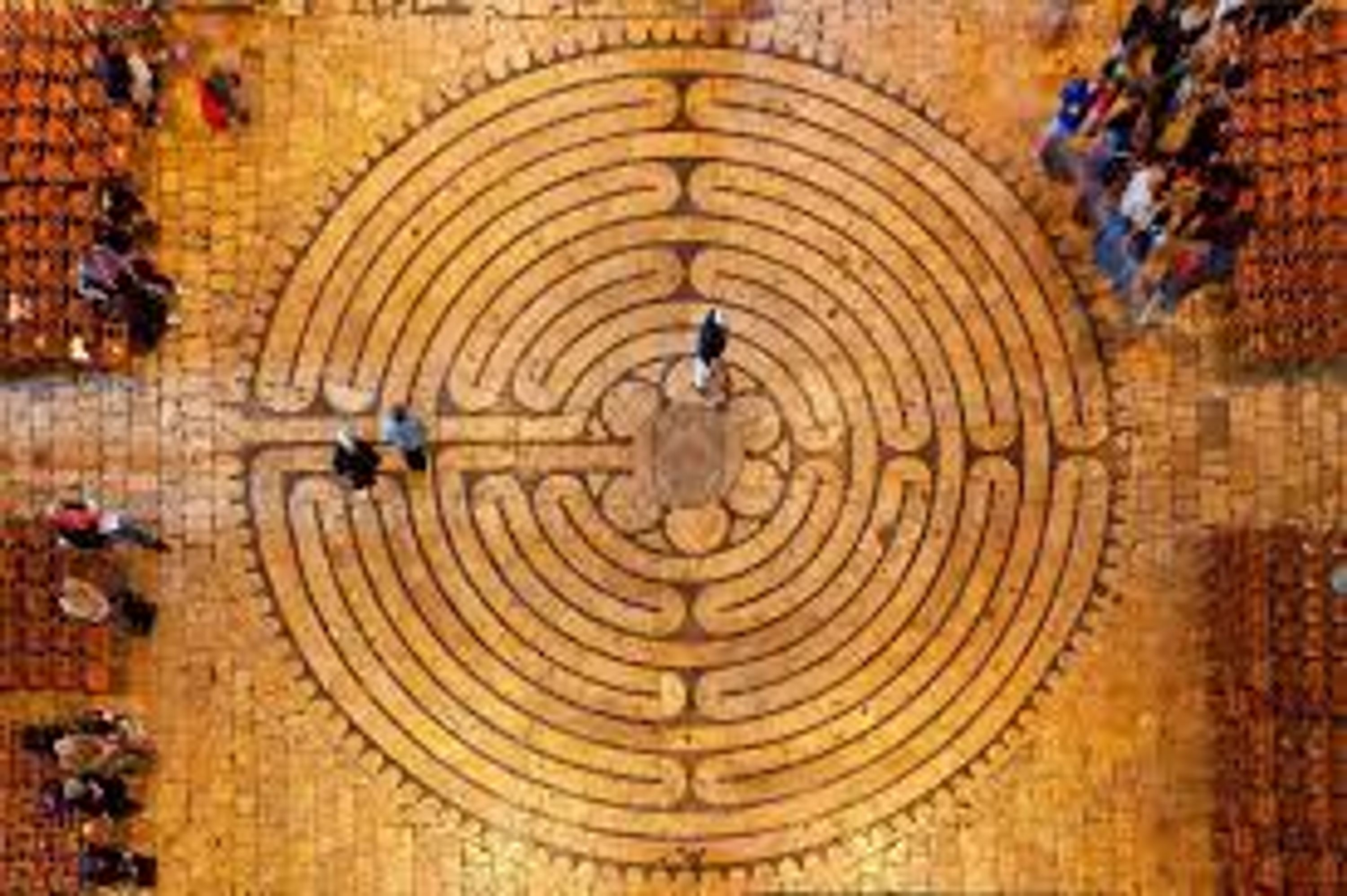 Overhead photograph of the labyrinth in the Cathedral at Chartres.