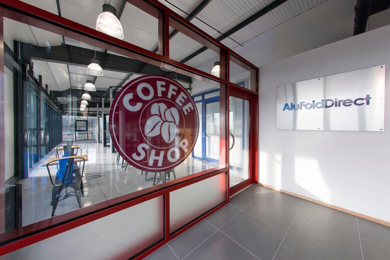 Aluminium Coffee Shop Door & Window