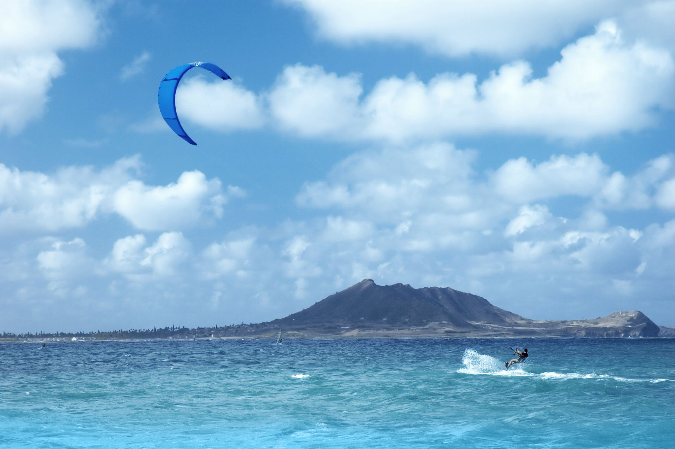 kitesurfing United States kitespot Oahu ripatrip travel big