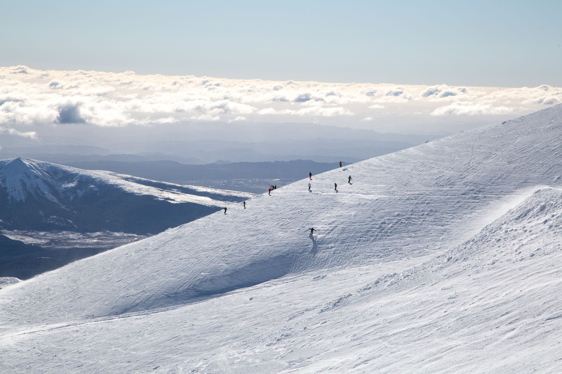 Skiing New Zealand ski resort Turoa ripatrip travel big