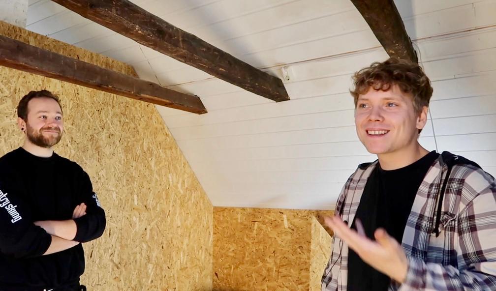 Gabriel Johann Kvendseth bygger kunstgalleri i eget studio