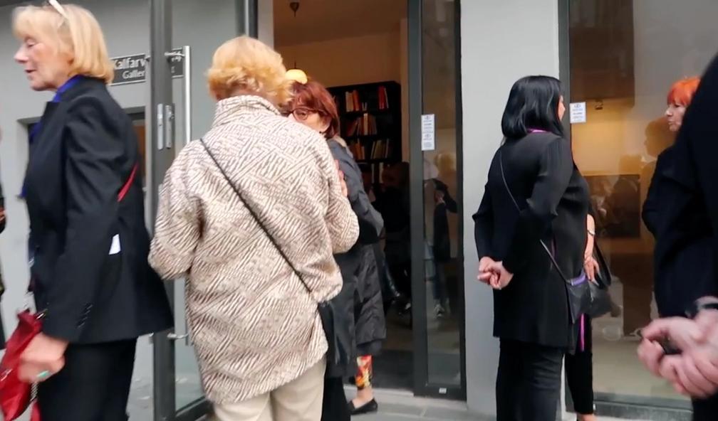 Feng Boyi tar med seg unge lovende kunstnere fra Kina til Galleri S.E i Bergen
