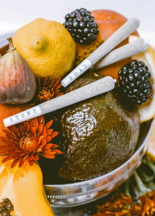 joints on fruit