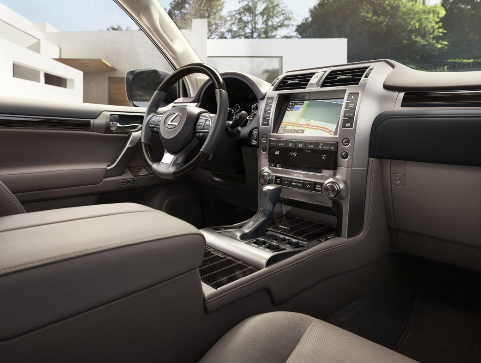 Lexus GX interior