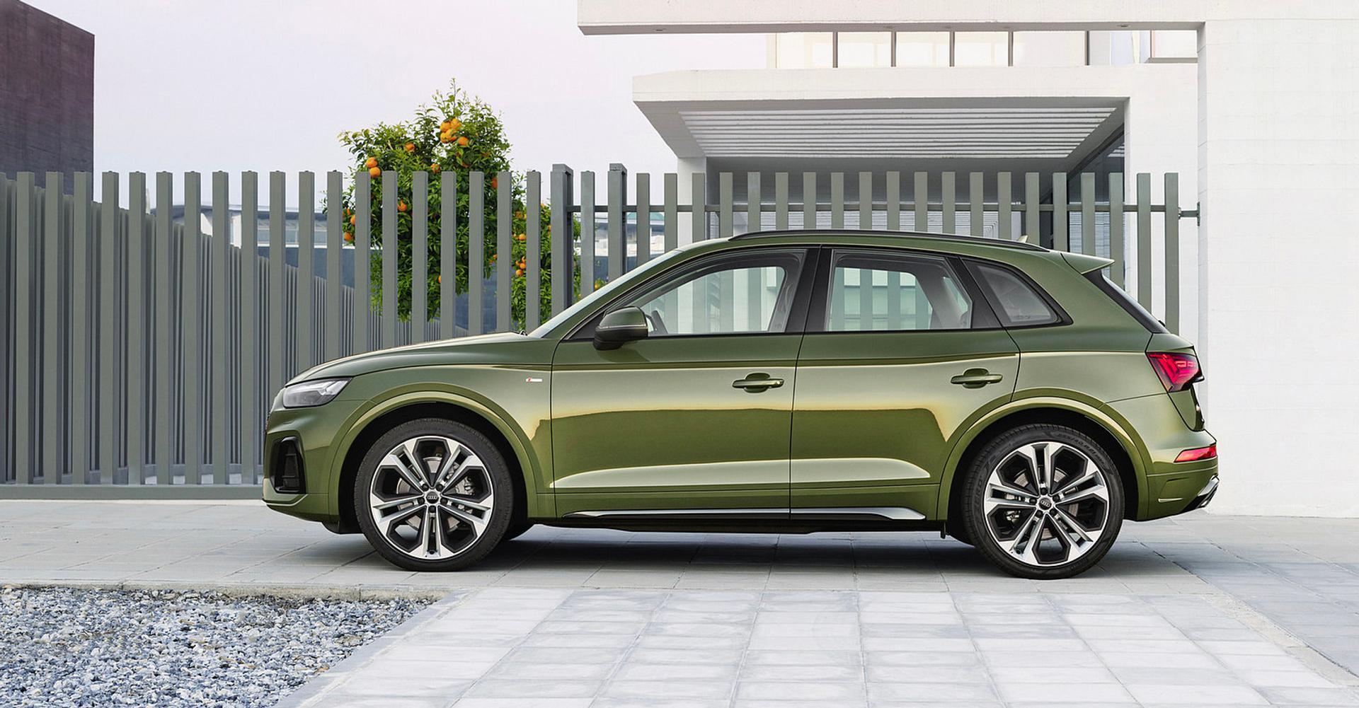 Audi Q5 side view