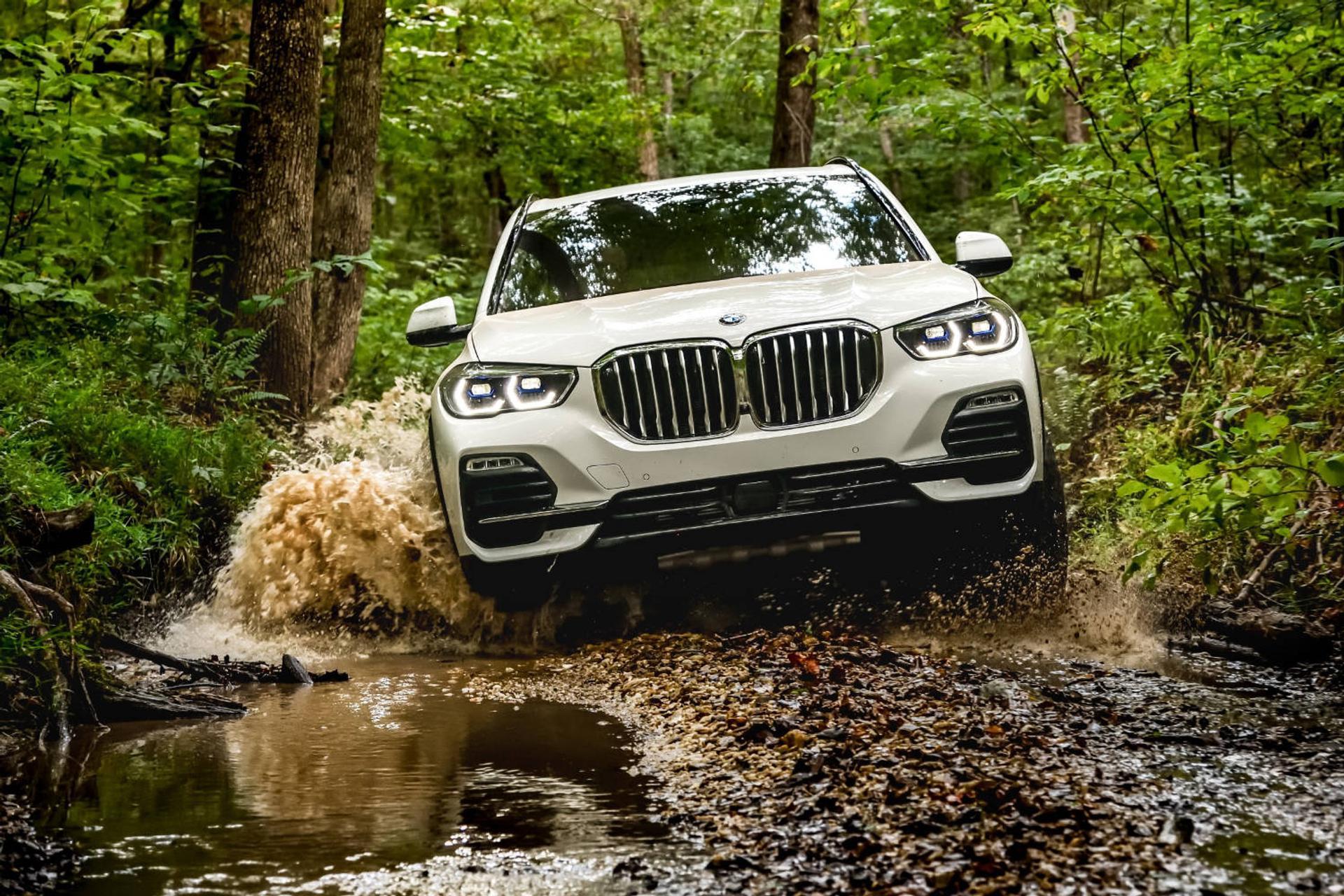 BMW X5 off-roading