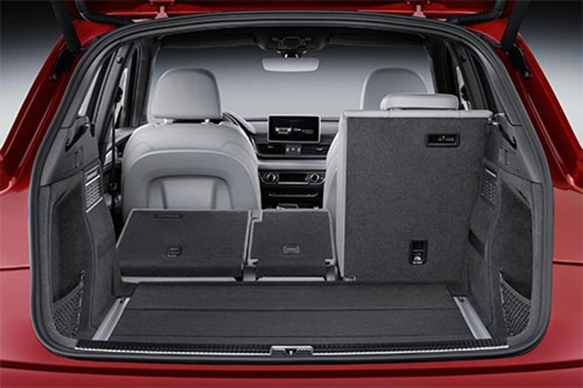Audi Q5 split folding rear seats