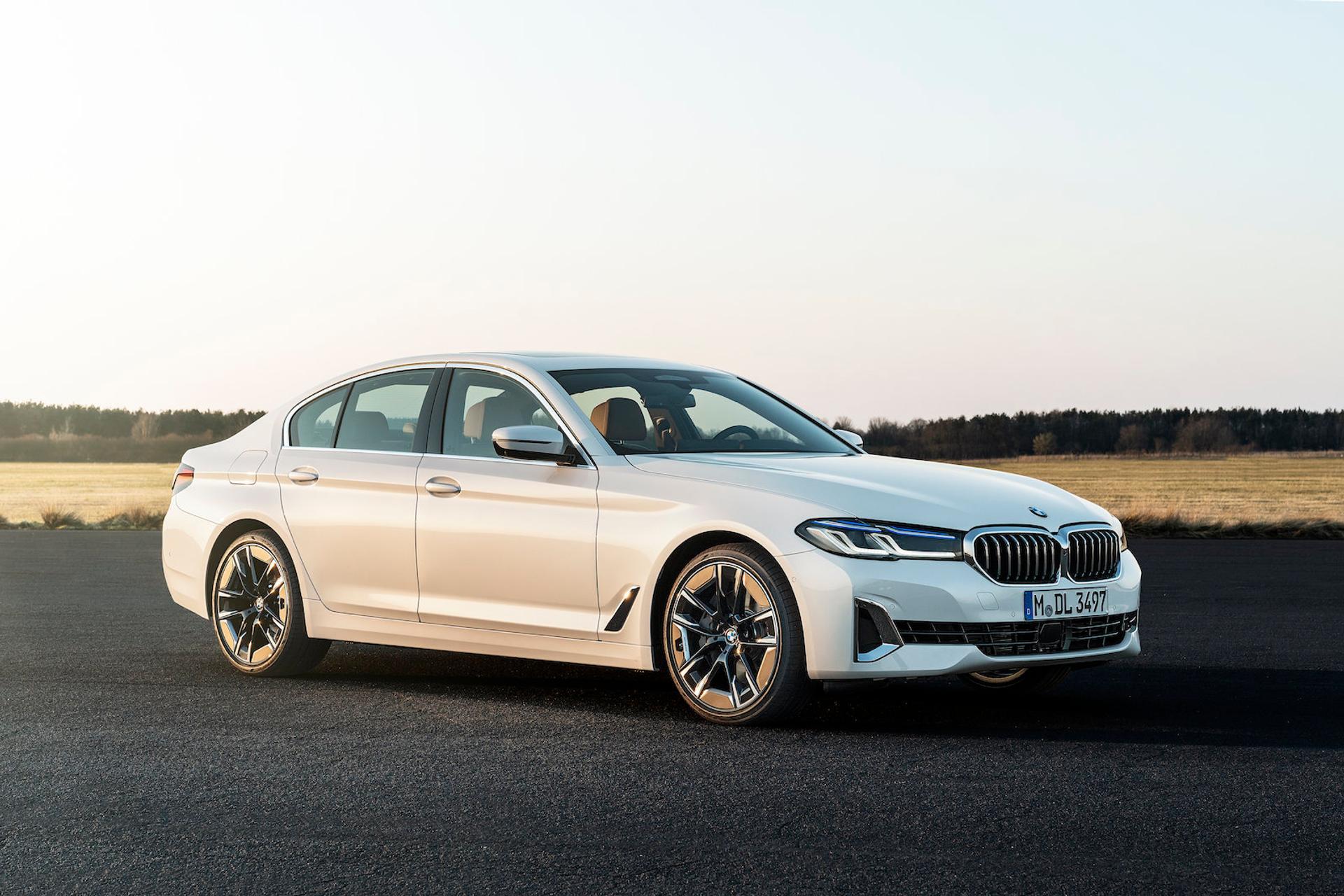 2021 BMW 5 Series Sedan 530i Sedan