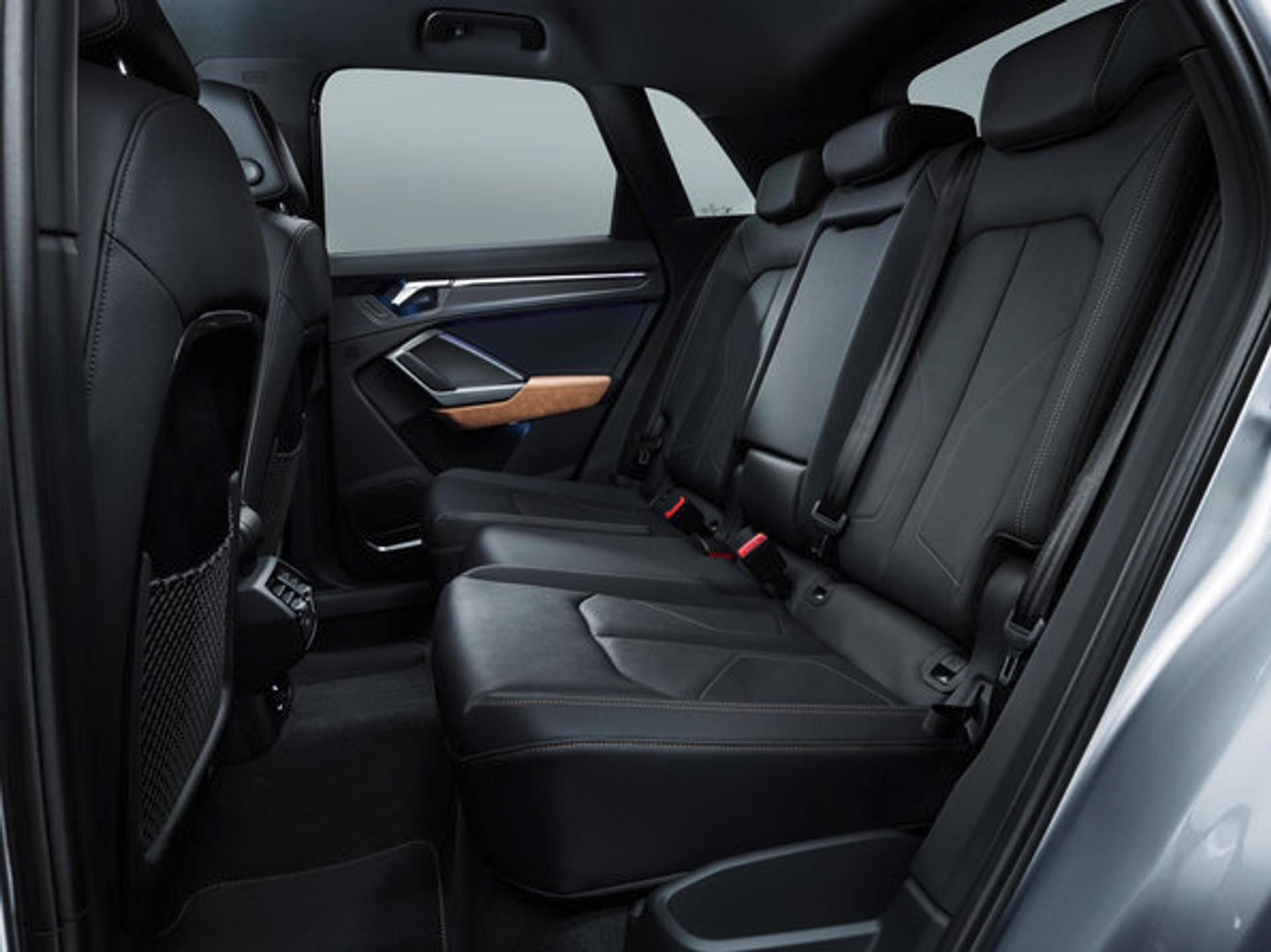 Audi Q3 rear row seats