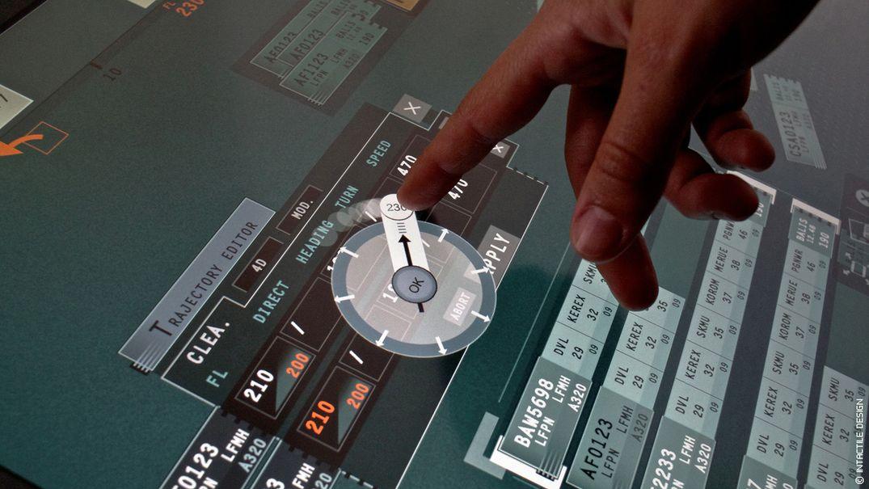 Design interface tactile aéronautique