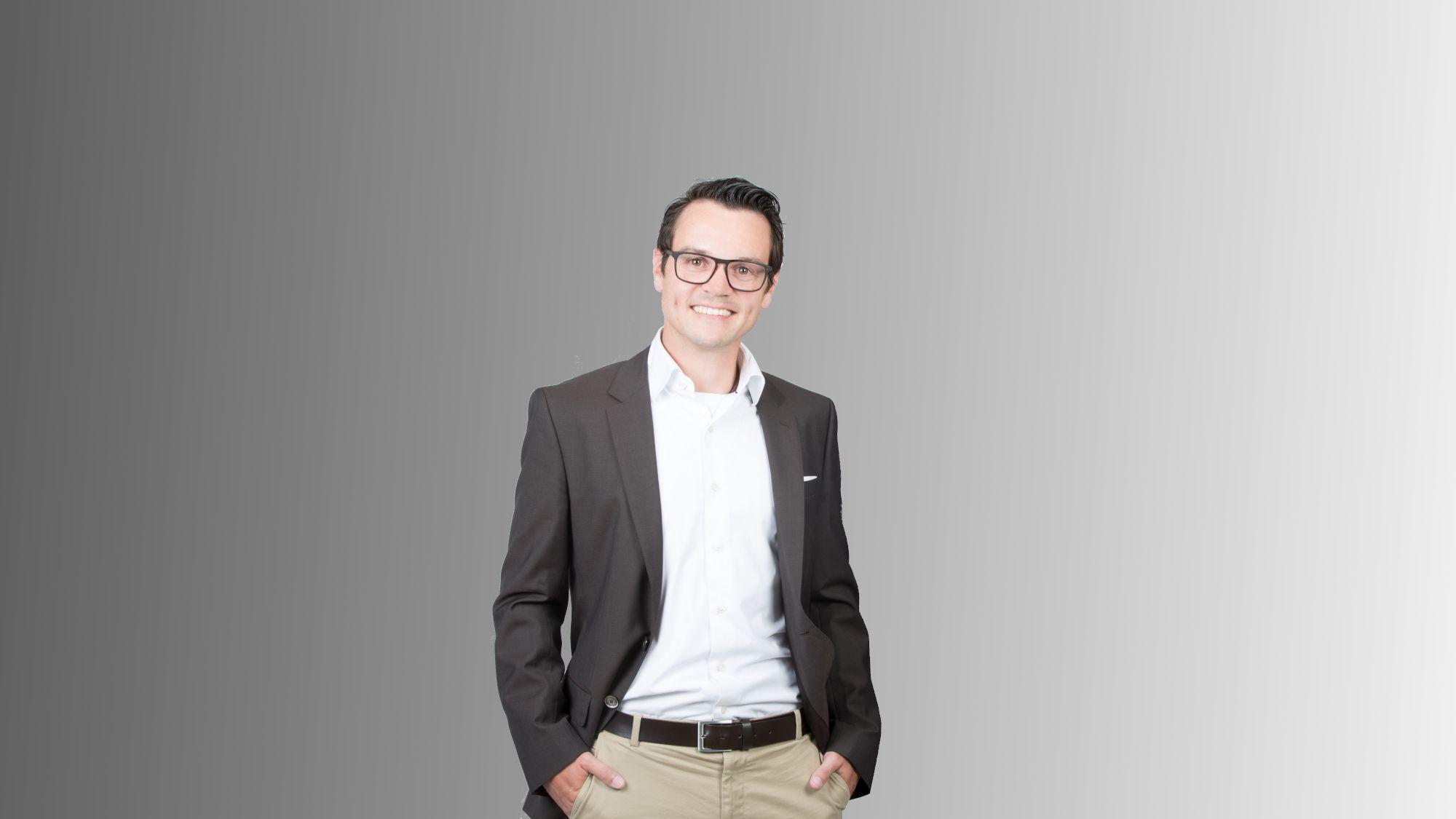 Magnus Wolf. Freelancer, Consultant, Software-Architekt, Software-Engineer
