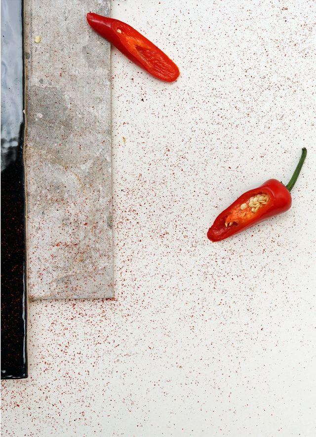 En chili som er delt i to.
