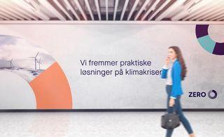 """Billboard med Zero reklame der det står """"Vi fremmer praktiske løsninger på klimakrisen"""""""