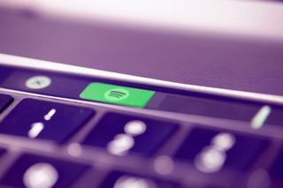 Spotify-logo på datamaskin. Foto