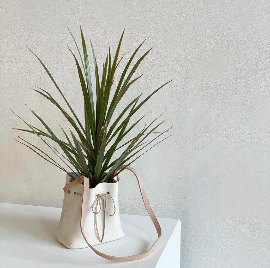 Product Image for Bucket Bag Vase