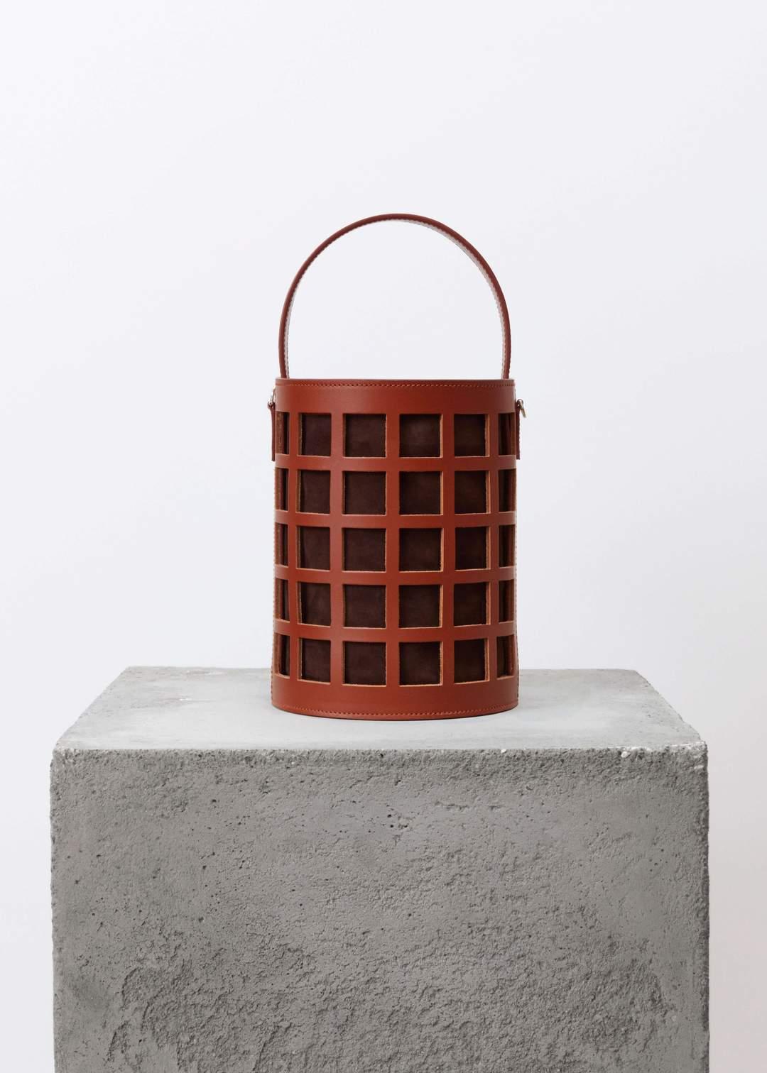 Product Image for Basket Bag, Caramel Chocolat