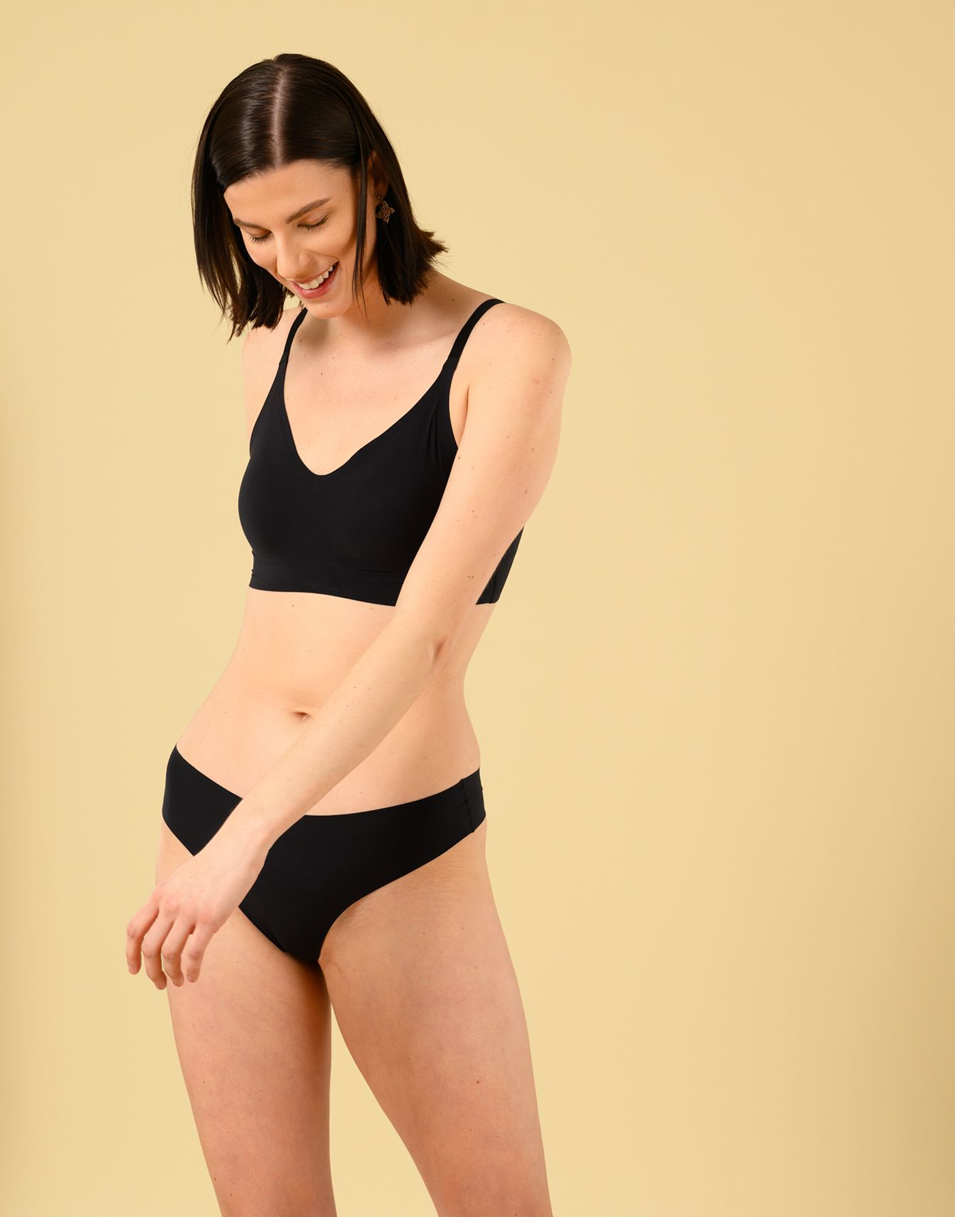 Product Image for Signature Bra, Onyx