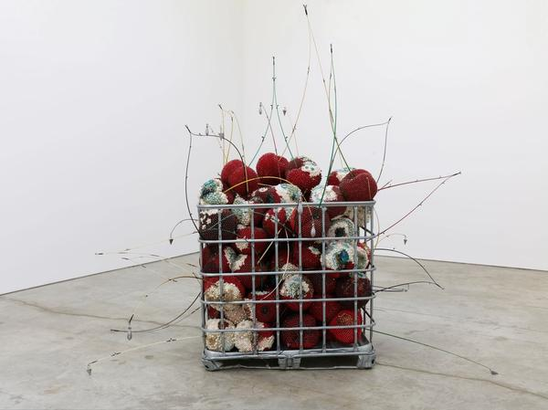Kathleen Ryan, Bad Cherries, 2021.