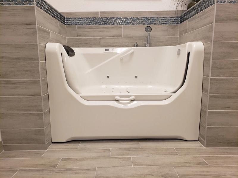 Minnesota walk-in tub