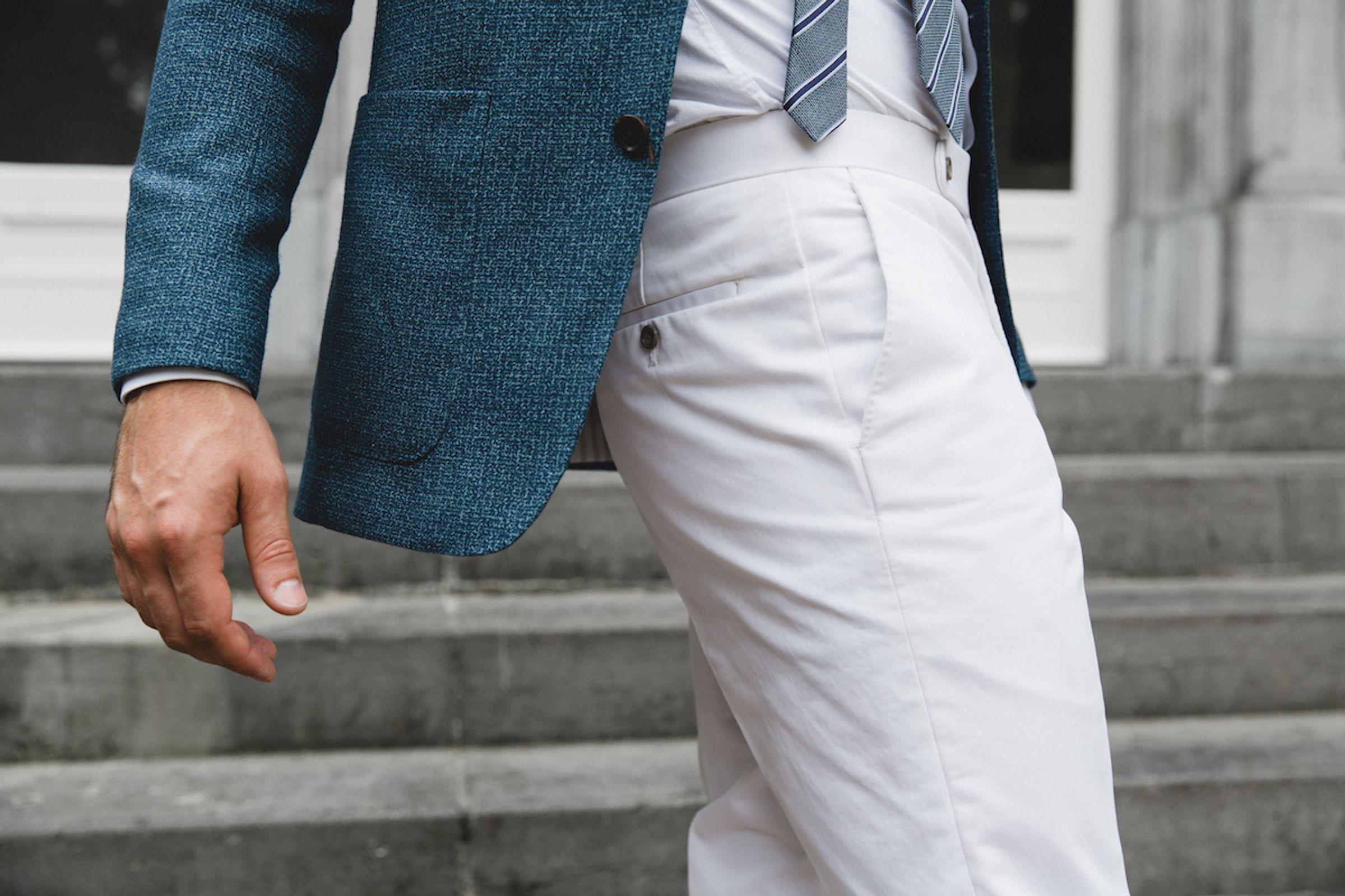 Phil trouwpak Michael & Giso bruidegom in lichte pantalon en donkere jas