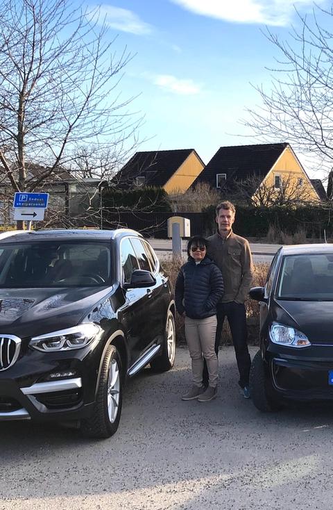Sveriges starkaste familj använder Sveriges smartaste elbilstjänst