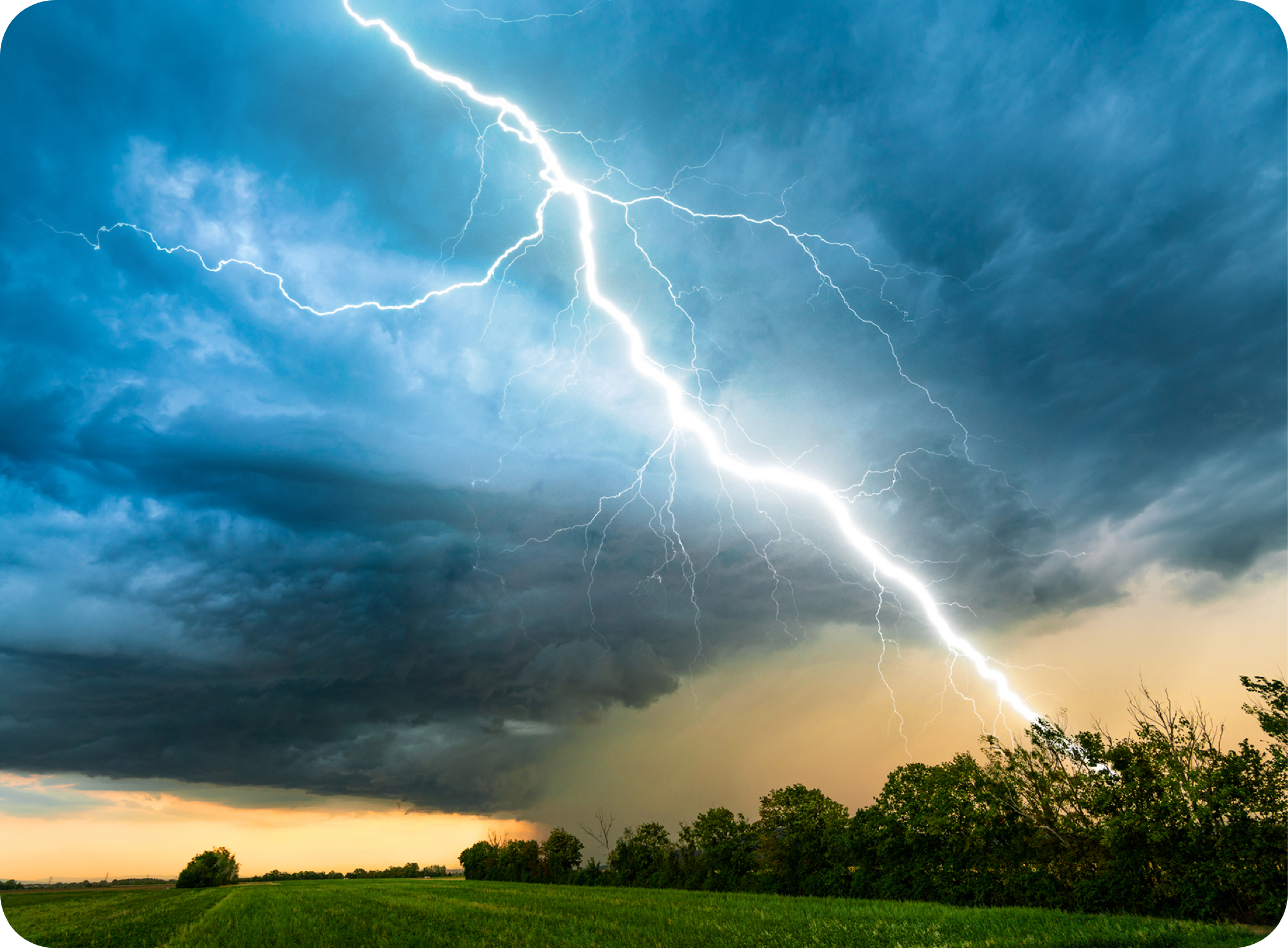 Picture of sky thundering