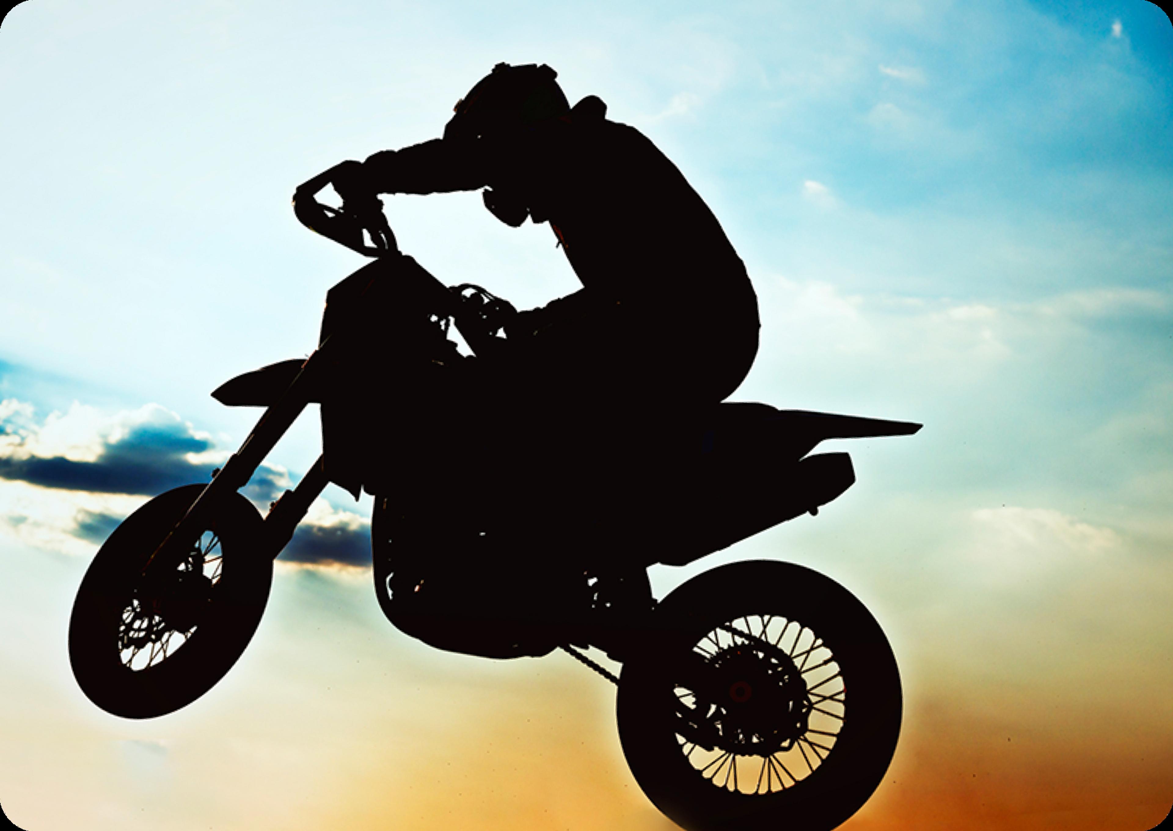 Photo d'un homme sur un motocross dans les airs