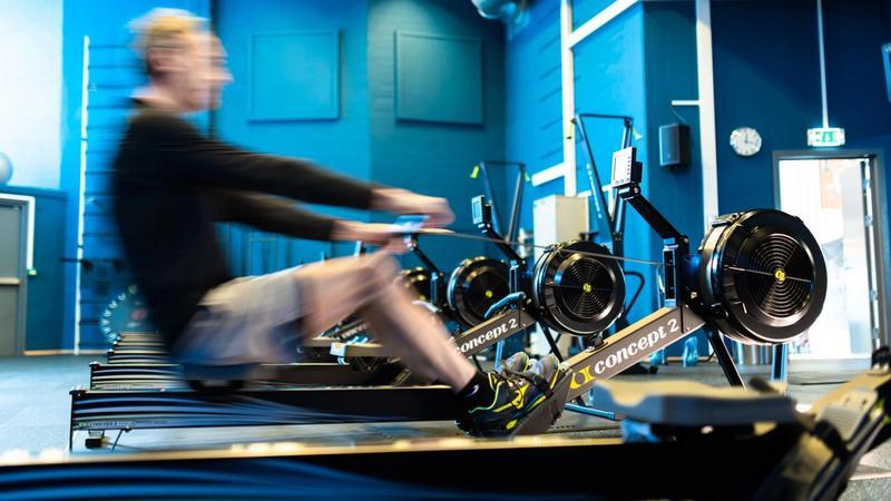 Roing på romaskin. Kvalitetsutstyr fra Concept 2.