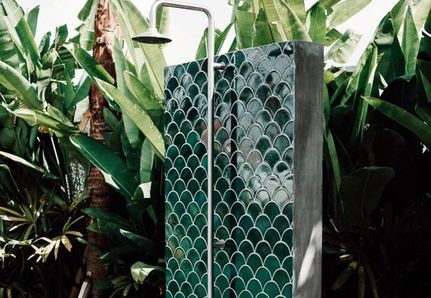 Outdoor shower green fish scale tile