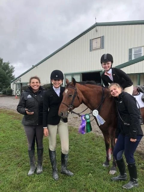 JET offers group lessons, which gives kids a similar upbringing that Meg experienced where she was able to learn a ton on and off the horse, as well as meet some of her best friends and have fun. Photo courtesy of Meg Kep.