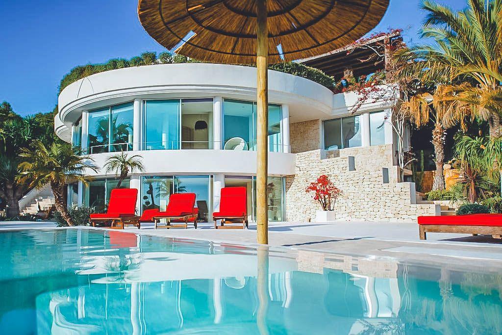 Villa Azaria