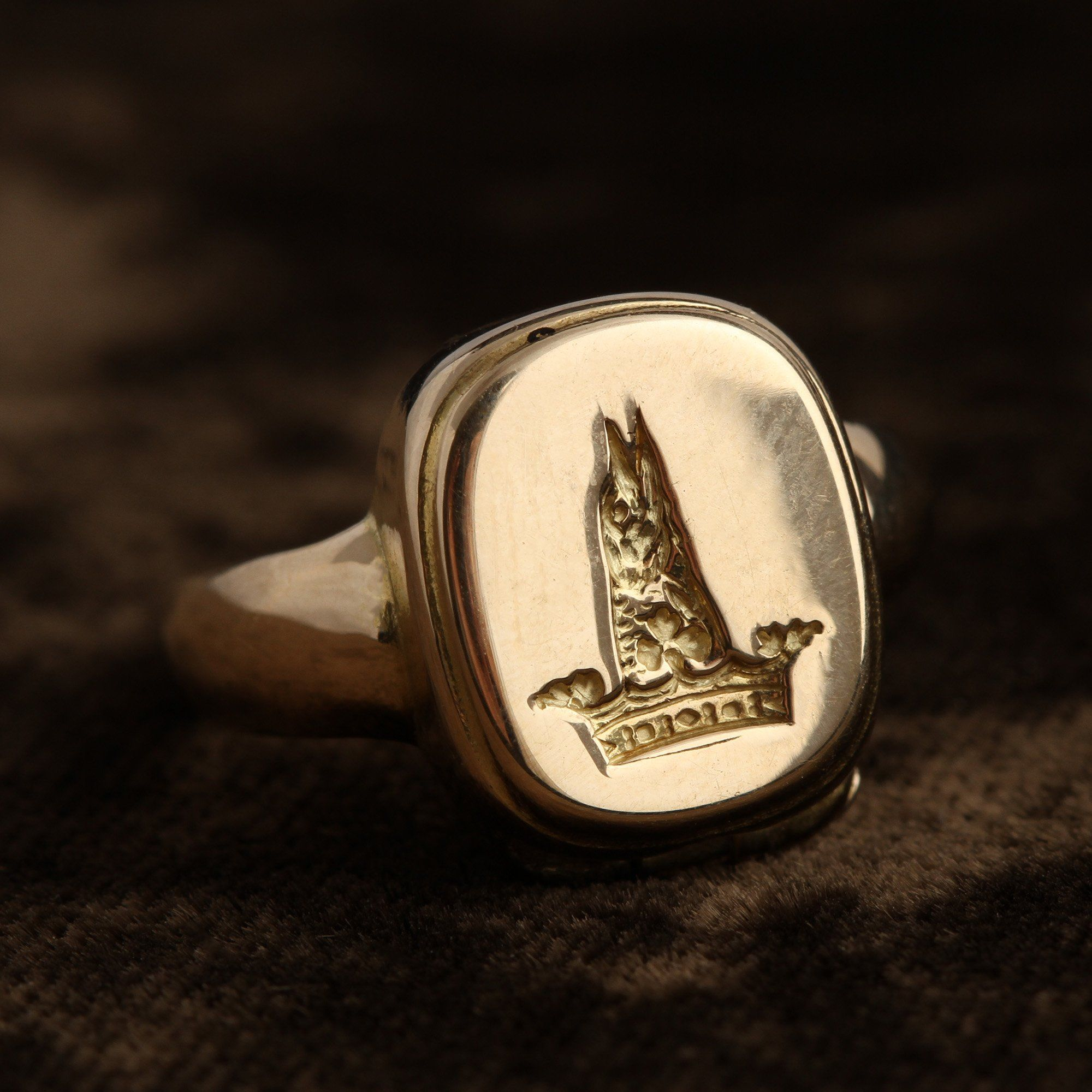 Detail of Victorian Signet Ring with Concealed Coffer Key