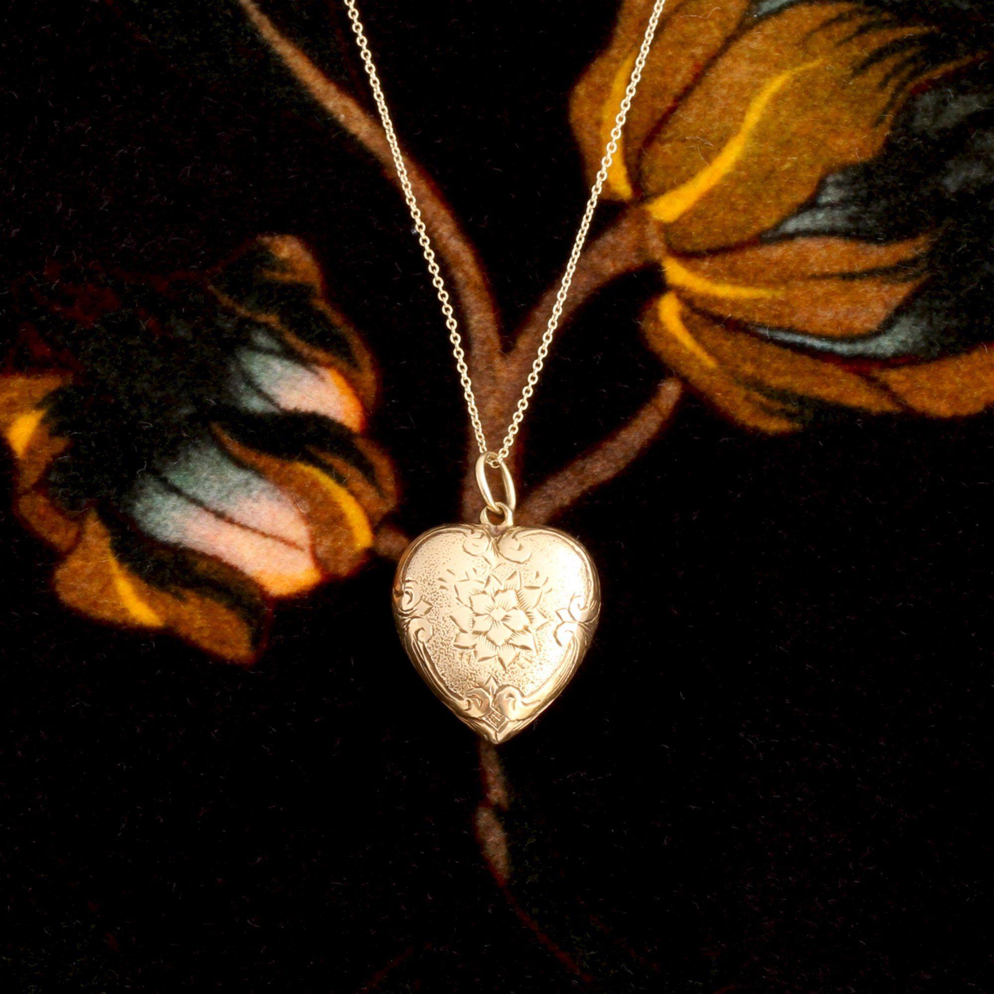Victorian Floral Motif Heart Locket