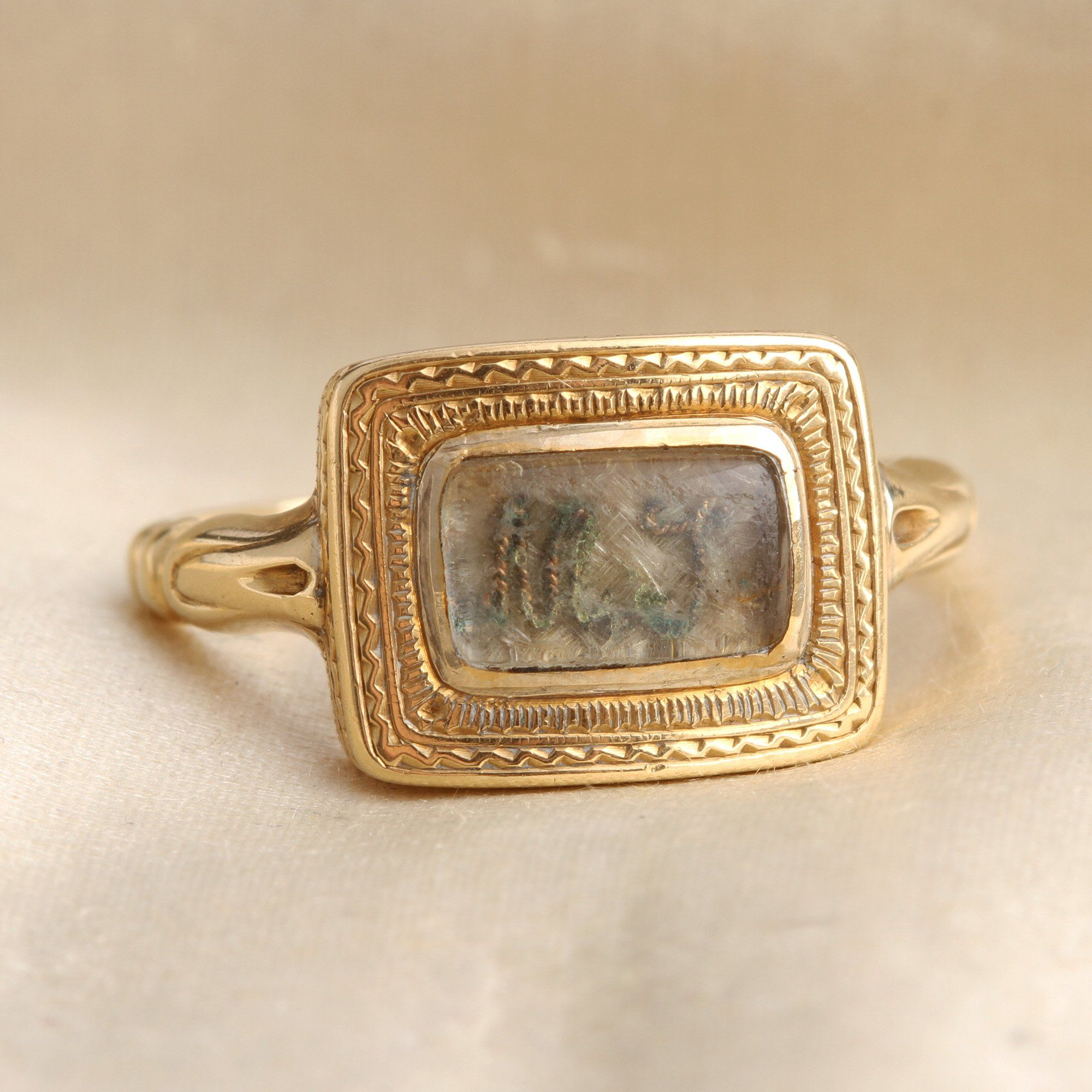 """Face detail of WWI """"MT"""" Mourning Ring"""