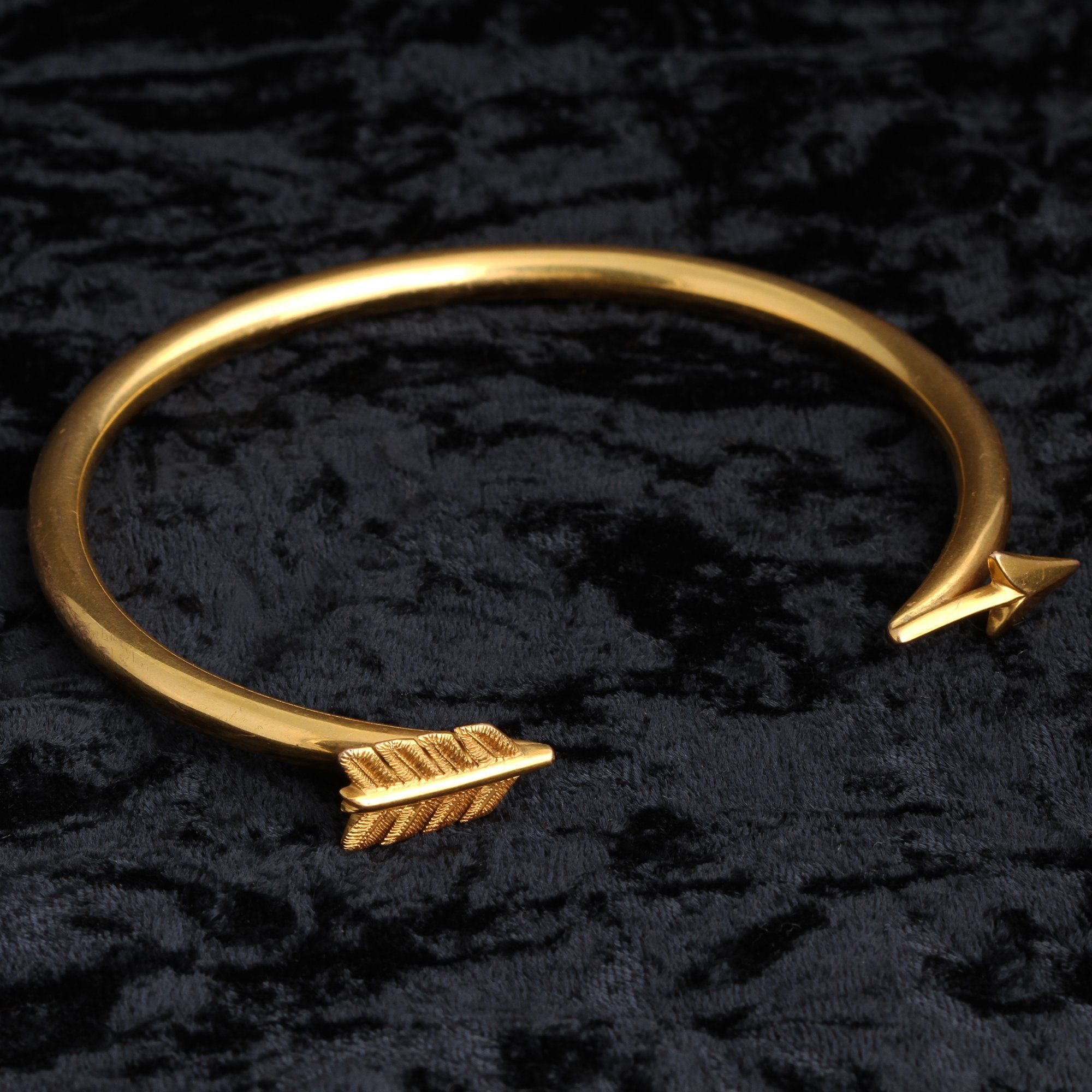 Detail of 1920s Golden Arrow Upper Arm Bracelet