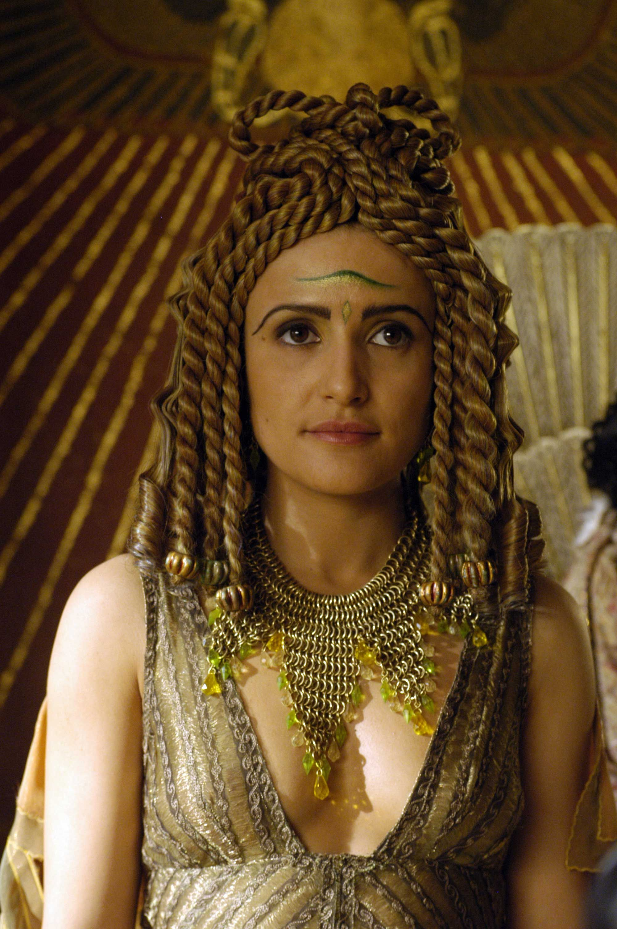 """Lyndsey Marshal as Cleopatra in the HBO series """"Rome,"""" 2005-2007."""