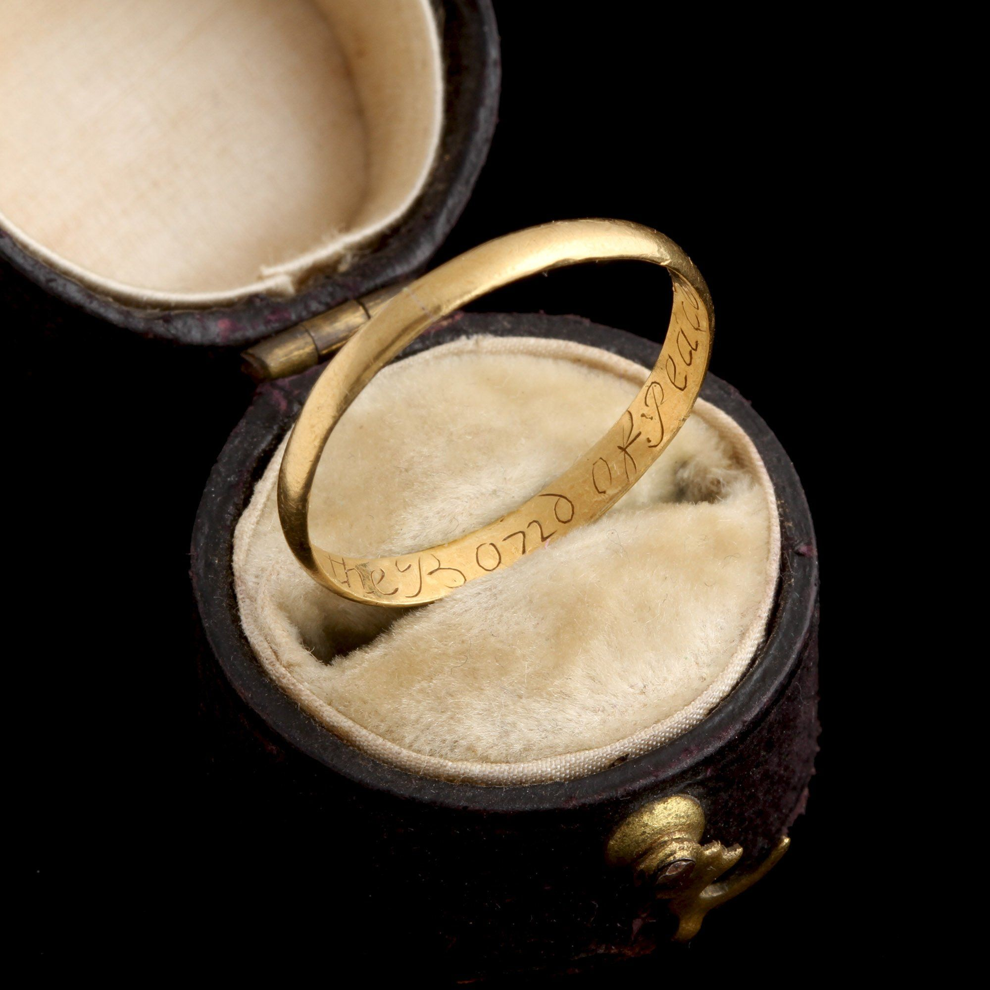 """Early 18th Century """"Love is the Bond of Peace""""Gold  Posy Ring"""