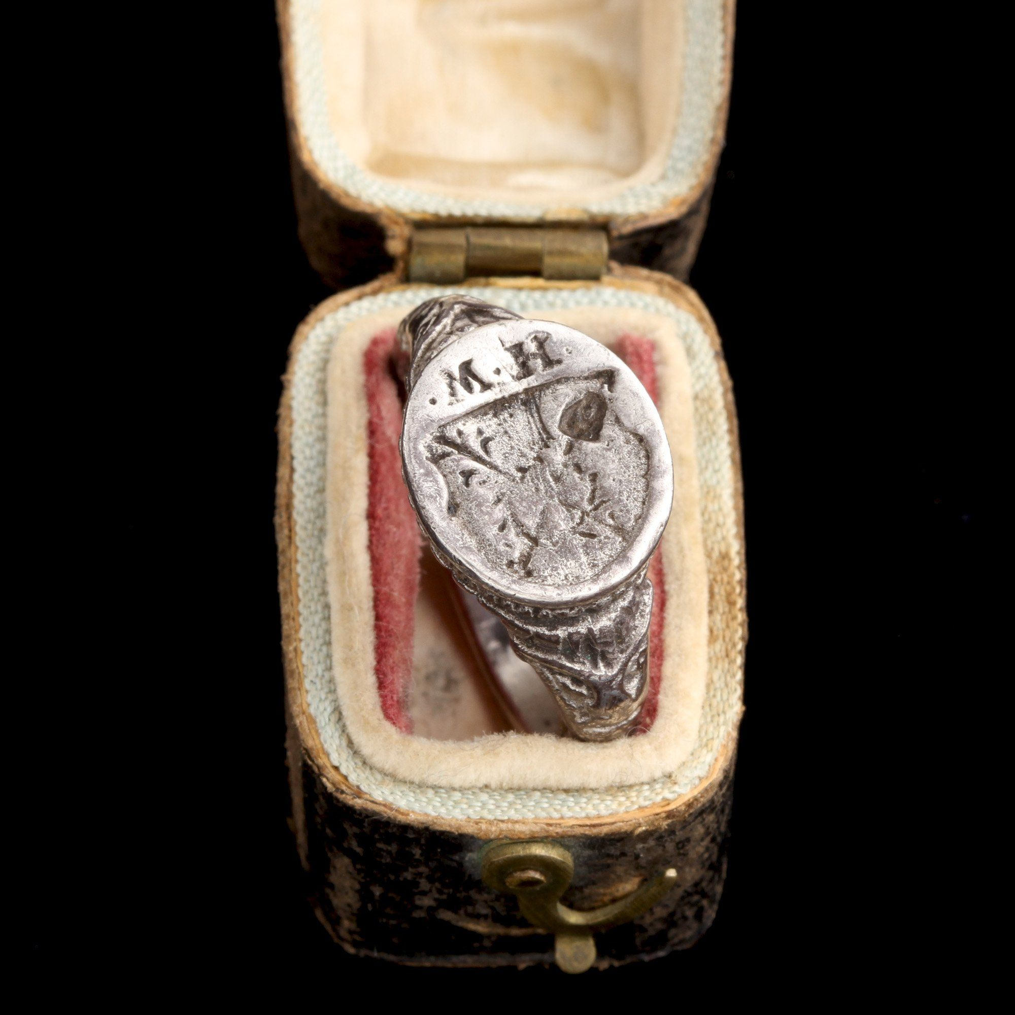 """Post Medieval Silver """"MH"""" Signet Ring"""