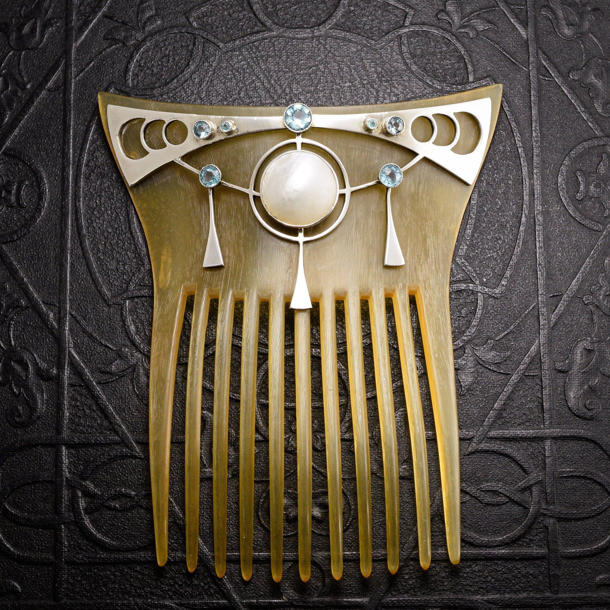 Jugenstil Hair Comb with Mother of Pearl and Blue Zircon
