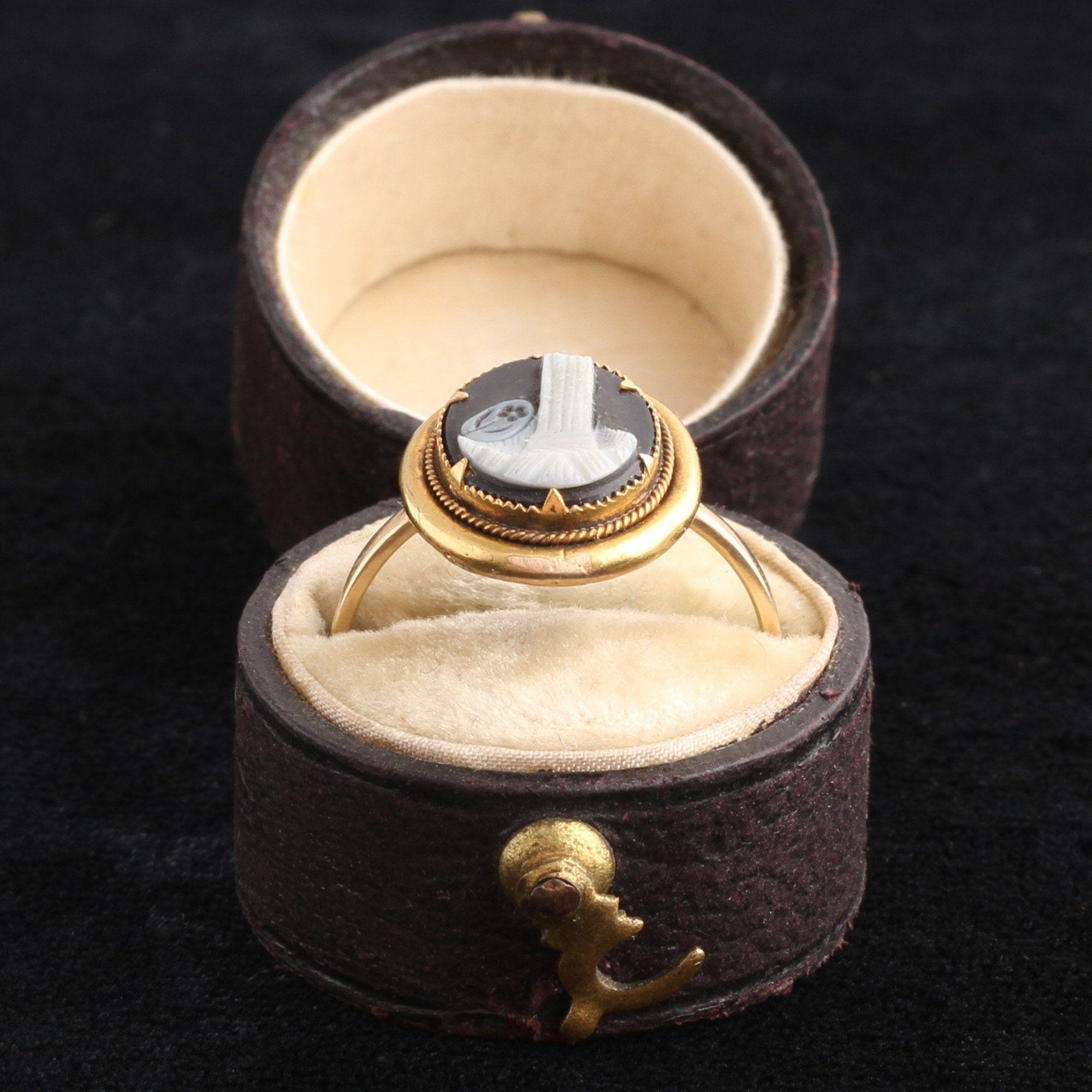 Victorian Broken Column Cameo Ring