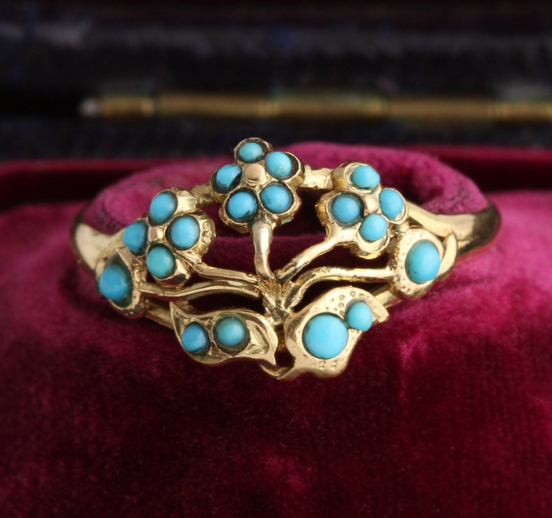 Victorian Turquoise Spray of Flowers Ring