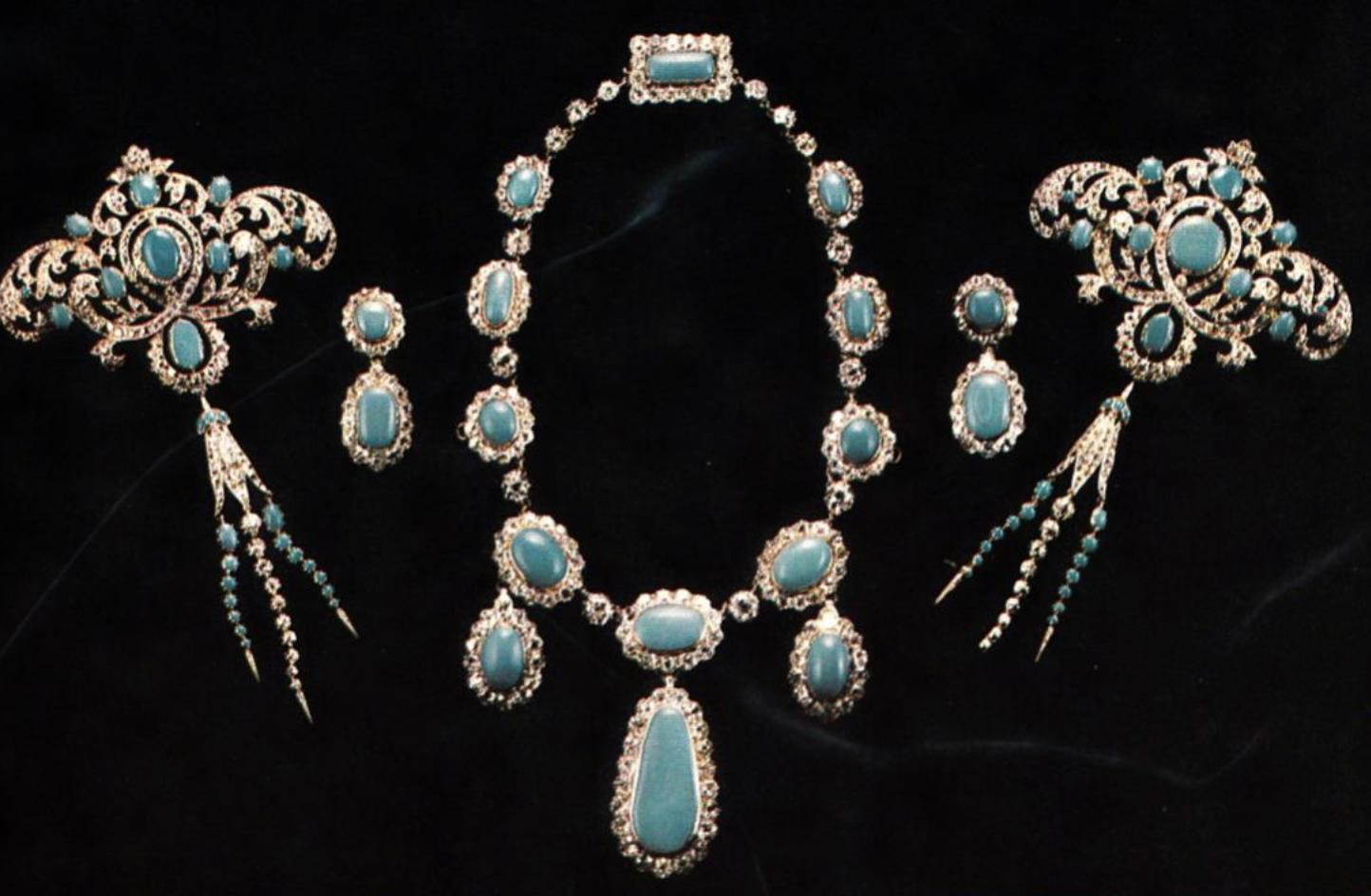 Frances Anne's turquoise parure