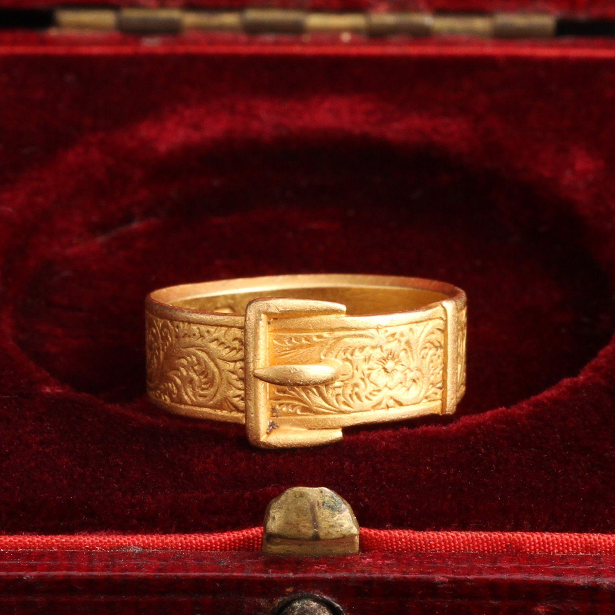 Victorian Engraved Belt Ring