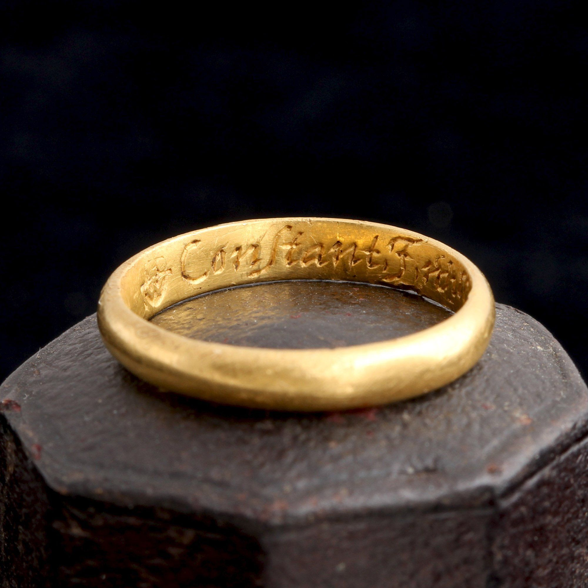 """Early 18th Century """"Constant I Will Live and Dye"""" Gold Posy Ring"""