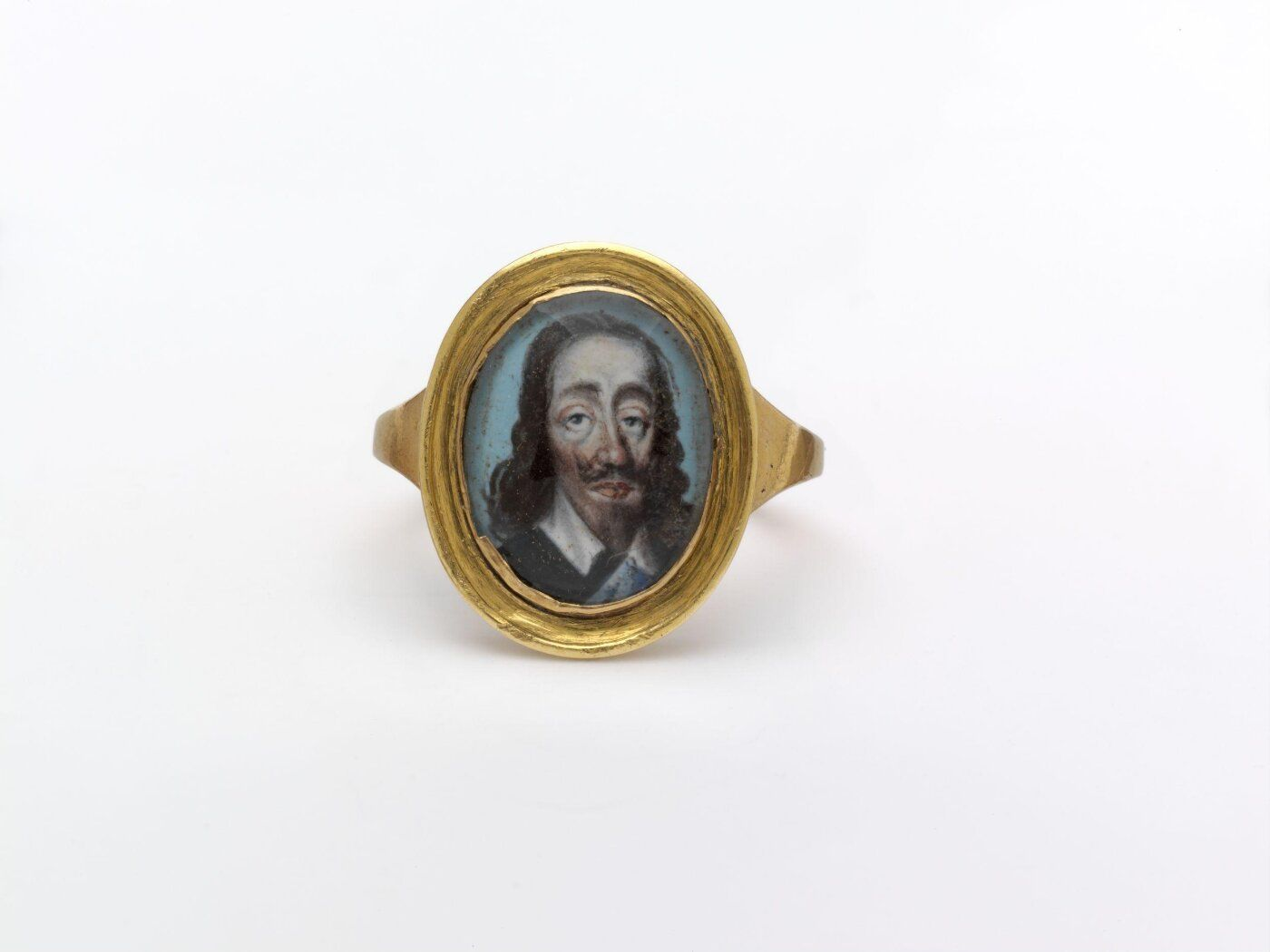 Ring with face of Charles I, 17th c. painting, 18th c. setting. In the collection of the V&A Museum.